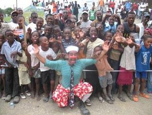 Projeto Palhaço: Palhaço do Hadassah ajudam crianças em todo o mundo