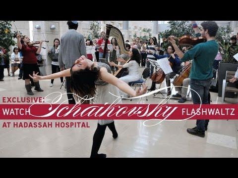 Hadassah Medical Center: Flashwaltz de Tchaikovsky  no Hadassah Hospital