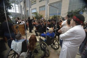 Parisian Orchestra and patients #3