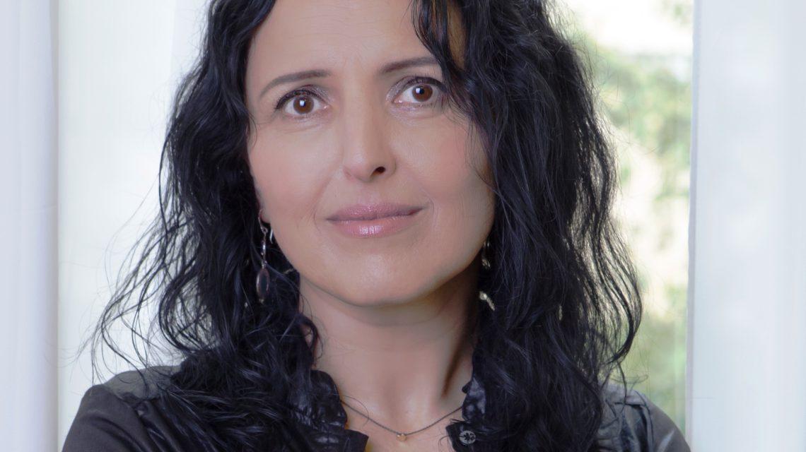Dr. Simona Glasberg
